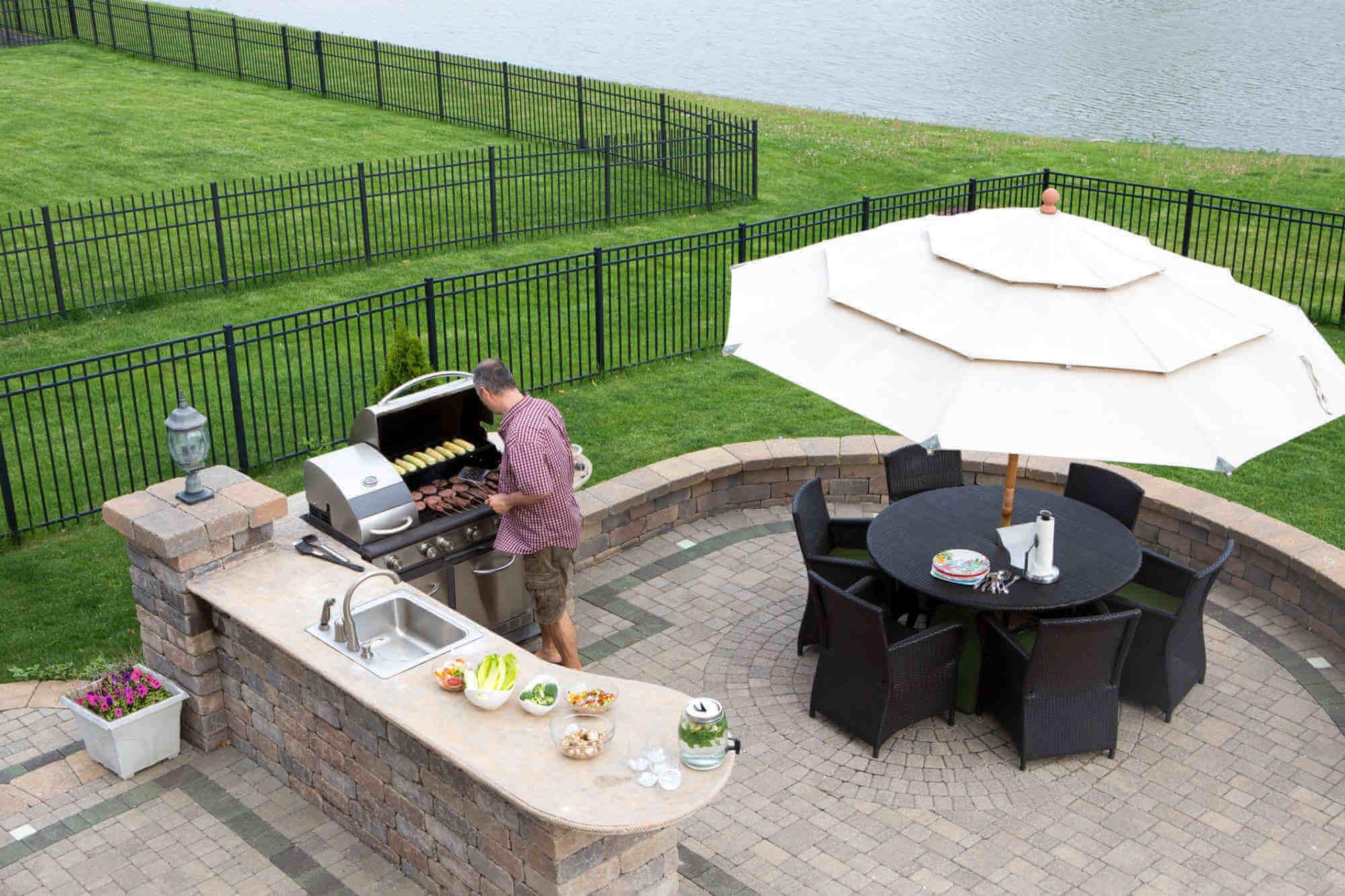 Backyard Grilling Mahogany